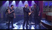 Lupe Fiasco – Battle Scars (Live on Letterman)
